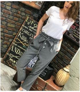 Παντελόνι γυναικείο με πιέτα ριγέ ON39511