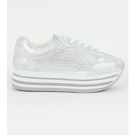 Δίπατα slip-on sneakers με στρας και κορδόνια e12a7ab927b
